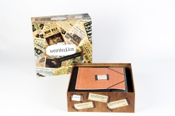 Caja del juego con manual